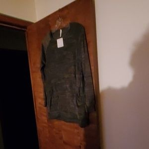 Long sleeved pocket front shirt